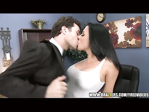 Wonderful brunette excitingly kisses and fucks in the office