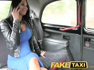 Impressive hot brunette babe does awesome blowjob and fucks with cabdriver
